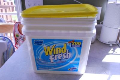 Bucket 400x267 Homemade Liquid Laundry Detergent