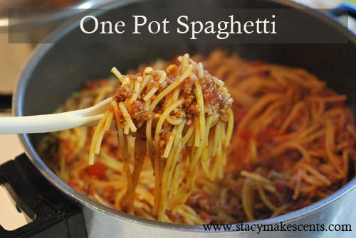 One Pot Spaghetti. This is so ridiculously easy and so ridiculously yummy. I can't believe I haven't been making this for YEARS!